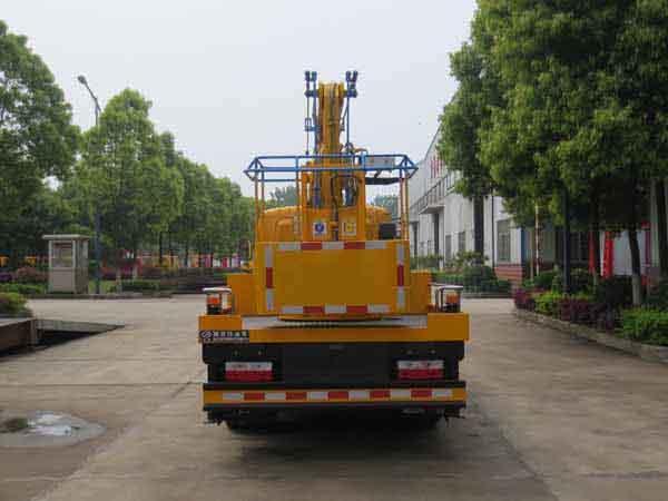 国五东风单排12米高空作业车(蓝牌)