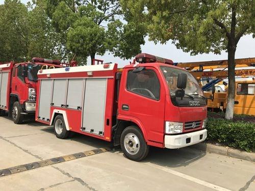 国五东风单排2吨水罐消防车